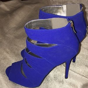 BCBGeneration royal blue semi -ankle boot heels  8